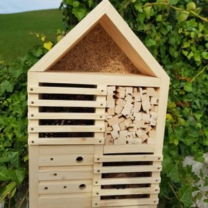 Domek dla owadów do samodzielnego montażu
